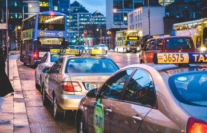 """כמה תעלה לכם מונית לנתב""""ג לפי התעריפים החדשים של משרד התחבורה?"""